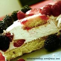 Cheesecake semifreddo ai frutti di bosco